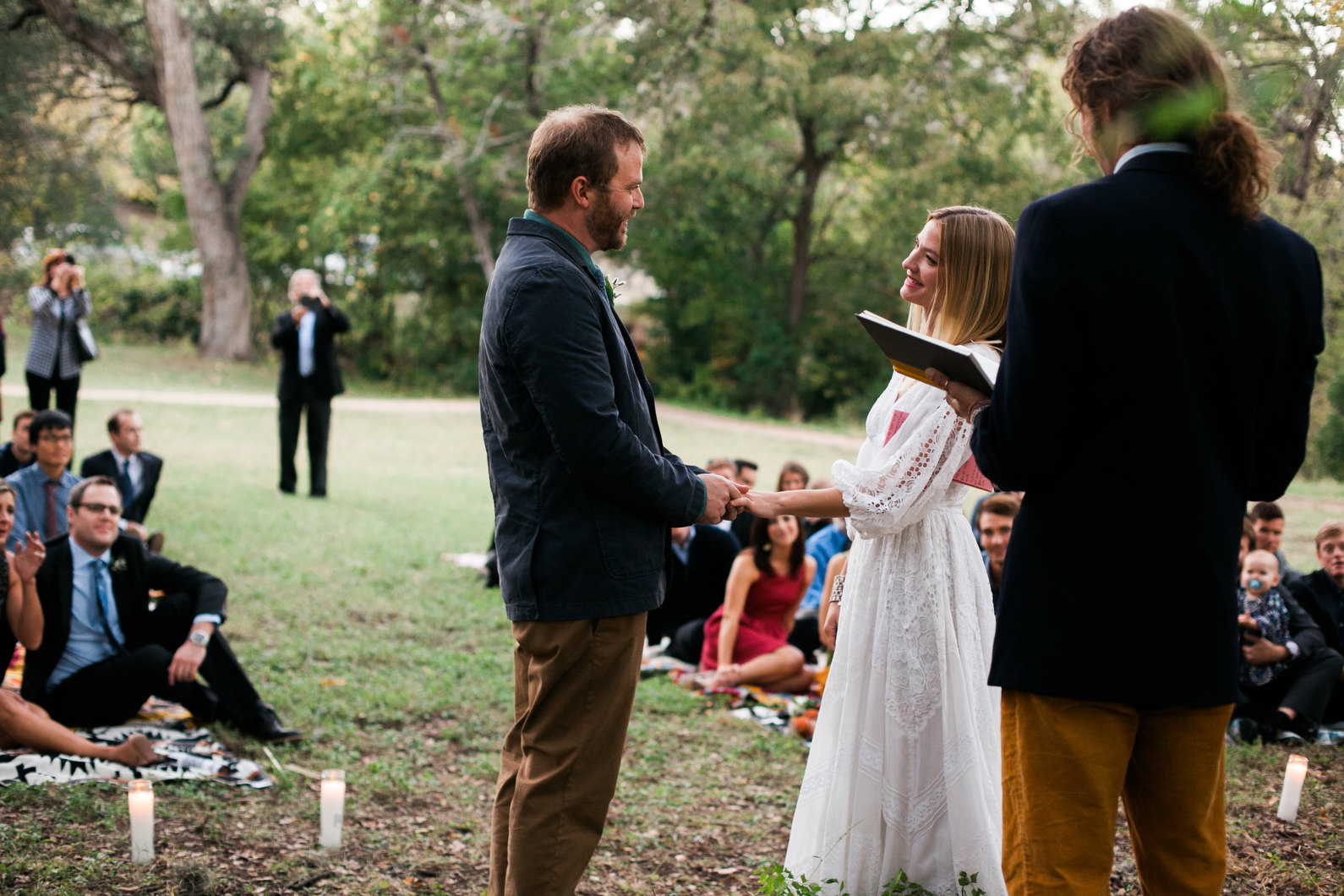 intimate-austin-wedding-08