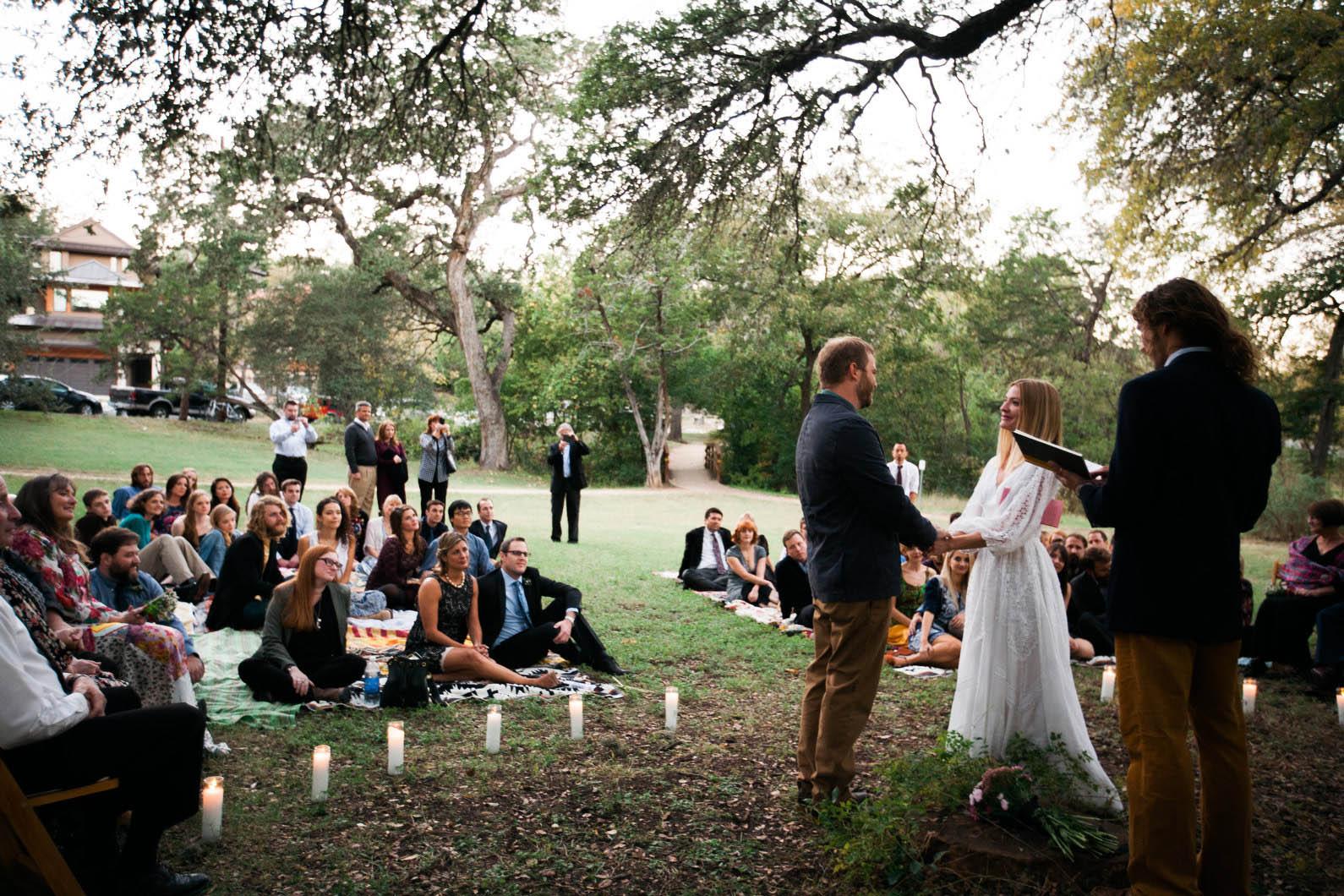 intimate-austin-wedding-09
